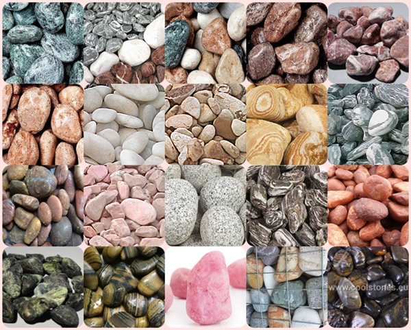 Цветни овални камъни